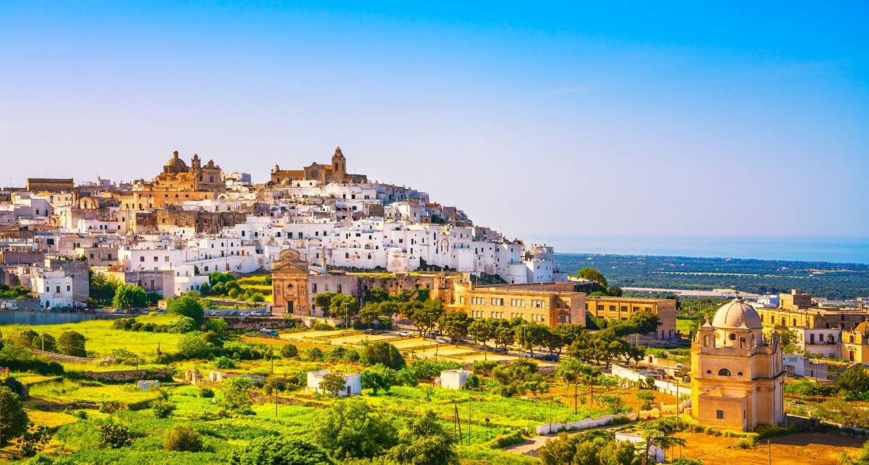 Fly & Drive Italië: Authentiek Puglia, de hak van de laars - ItaliëVertrek naar Bari