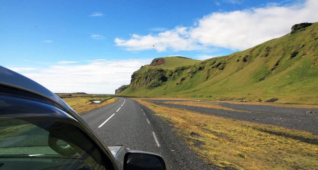 Fly & Drive IJsland: Hoogtepunten van Noord en Zuid - IjslandAankomst in Ijsland