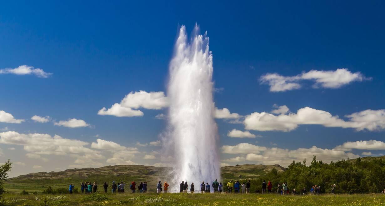 Fly & Drive IJsland: Hoogtepunten van Noord en Zuid - IjslandDe Golden Circle