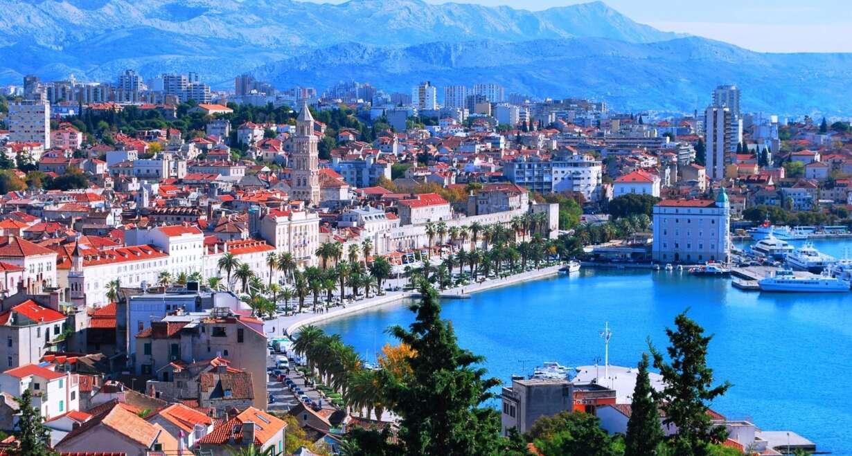 Fly & Drive Kroatië: Watervallen, eilanden en Dubrovnik - KroatiëSplit en Omis