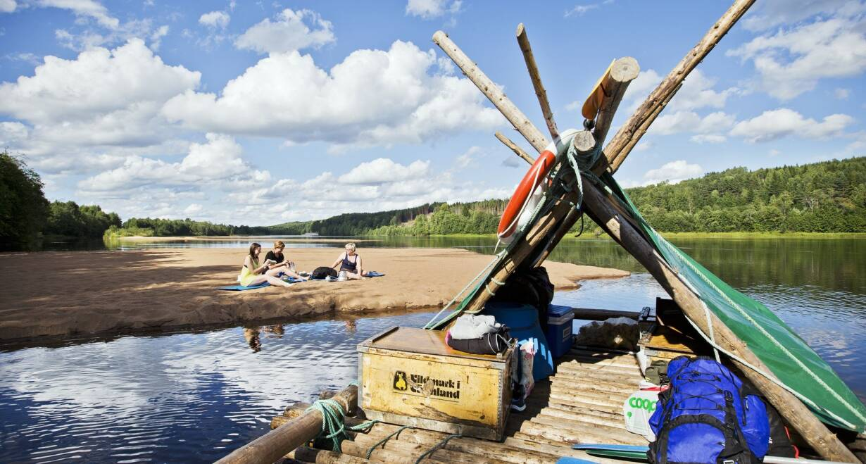 Houtvlotavontuur: Zweedse Klaräven, bossen en meren  - ZwedenHoutvlot avontuur
