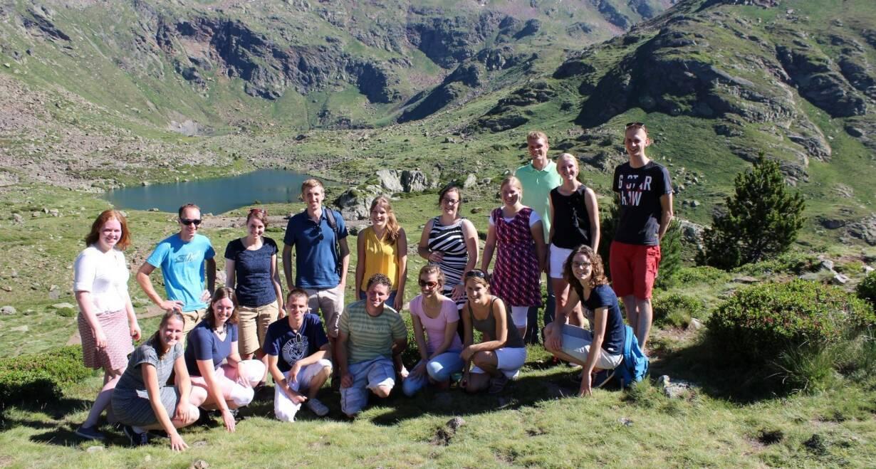 Fly & Drive Andorra en Spanje: Pyreneeën, costa's en Barcelona - SpanjeVan Arinsal in Andorra naar de omgeving van Barcelona