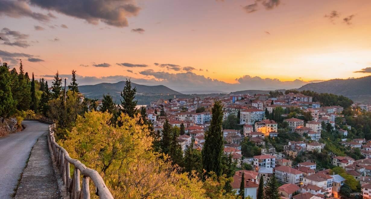 Fly & Drive Griekenland: Thessaloniki, Noord Griekenland en Meteora - GriekenlandThessaloniki - Kastoria